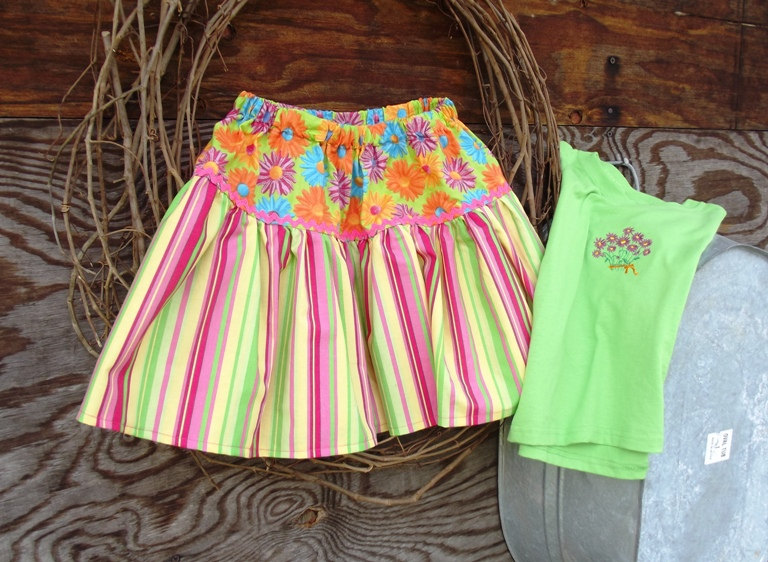 Girls skirt size 4 with matching t shirt, embroidery and ruffles
