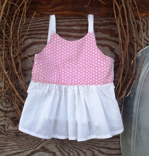 Girls shorts and top size 5, Boutique, eyelet and polka dots
