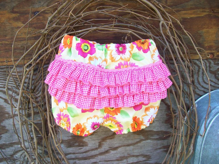 Baby Ruffled Bloomers Diaper Cover Size 12months 6 9